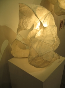 12_howes-whitney_sculpturallamp1